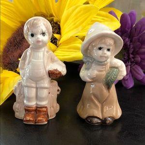 "Ceramic farm girl and boy with basket 3.5"""